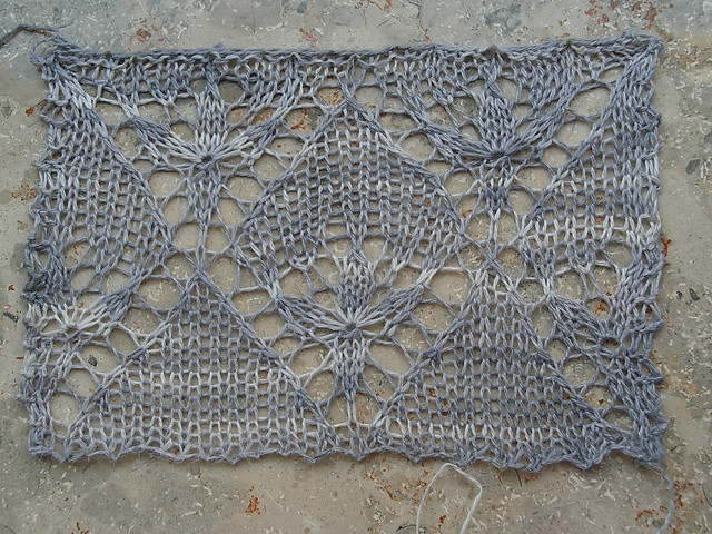 Evenstar Swatch  lace knitting stitch
