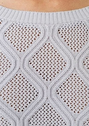 Diamond lace and cable