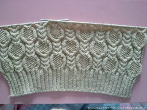Cables and Seed stitch pattern