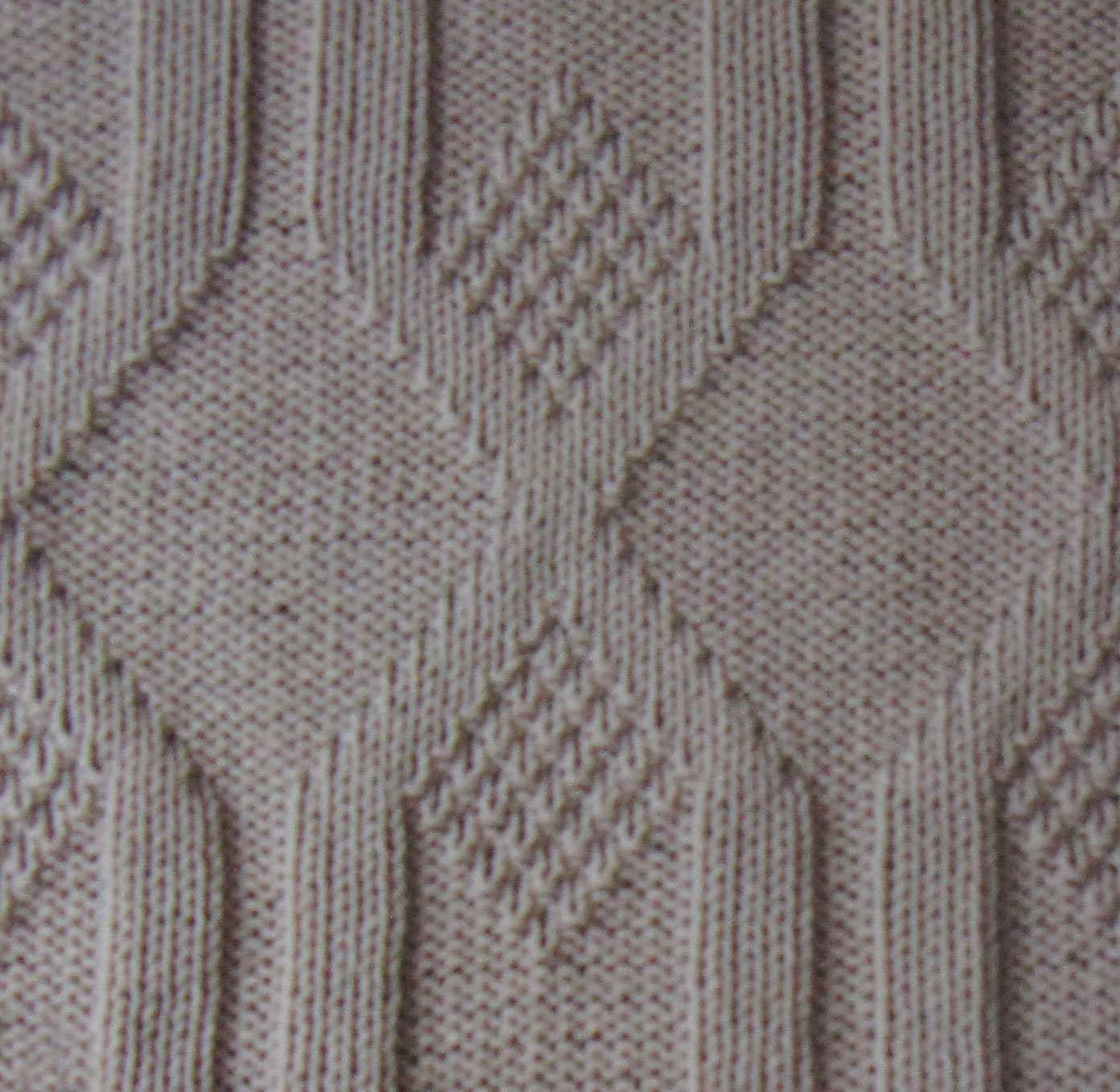 Knitting Stitches Knit And Purl : Vertical Diamonds Knit and Purl Stitch - Knitting Kingdom