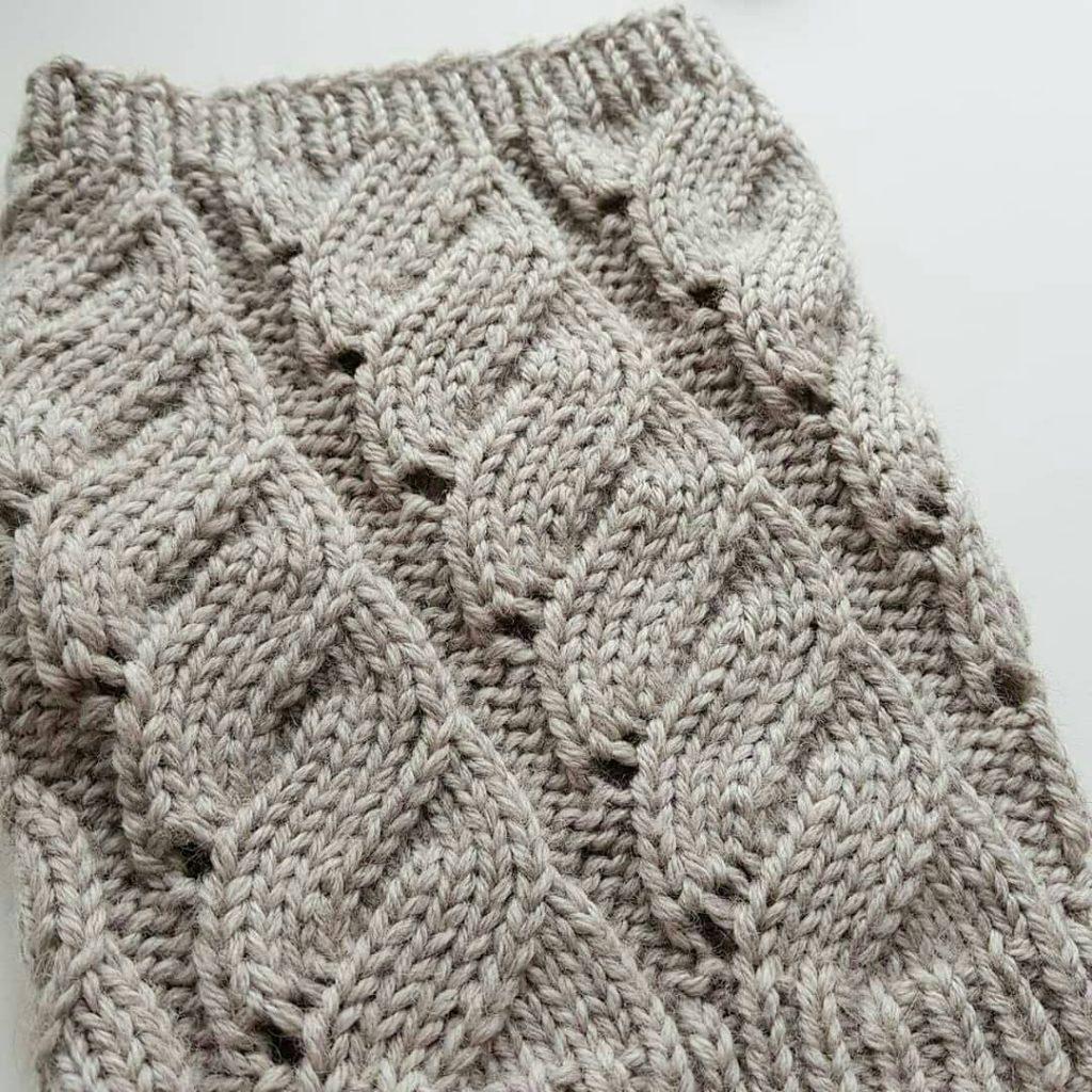 Mock Cable Swirl Knitting Stitch